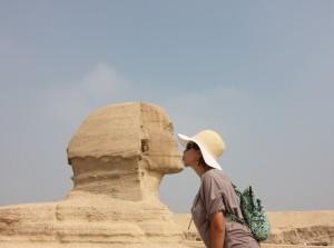 an-innocent-affair-with-the-egyptian-sphinx