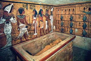 tut-tomb-interior